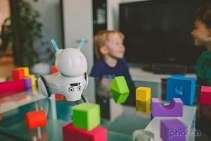 """สตาร์ทอัพตัวแรงแห่งยุโรป """"โฟตอน"""" หุ่นยนต์สอนเด็กเขียนโปรแกรม"""