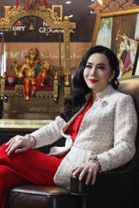 จักรพงษ์ จักราจุฑาธิบดี จากตี๋ร้าน VDO สู่เจ้าแม่คอนเทนต์ทีวีไทย