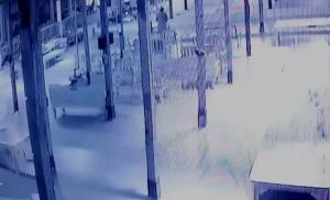 ไม่กลัวบาป!! โจรเมืองจันท์ขโมยเงินต้นผ้าป่าวัดดัง โชคดีกล้องวงจรปิดจับภาพได้
