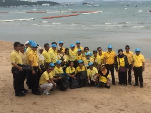 จิตอาสาเมืองพัทยานับพันร่วมเก็บขยะชายทะเล ทำความดี ด้วยหัวใจ