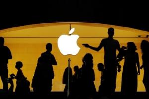 จารึกประวัติศาสตร์!! แอปเปิลเป็นบริษัทสหรัฐฯแห่งแรกมาร์เก็ตแคปแตะ 1 ล้านล้านดอลลาร์