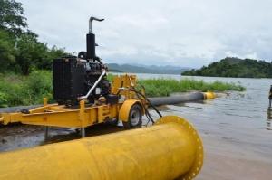 เขื่อนแก่งกระจาน ระดับน้ำจ่อล้นสปิลเวย์เที่ยงพรุ่งนี้ 5 อำเภอเสี่ยงน้ำท่วม