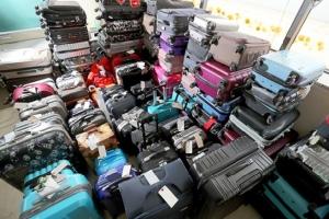 สนามบินคันไซแจกของที่ระลึก หวังลดนักท่องเที่ยวทิ้งกระเป๋าเดินทางเรี่ยราด