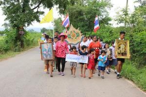 ชาวชมพู-เนินมะปรางฮือประท้วง ขอไฟเข้าหมู่บ้าน 30 ปีไม่มีคืบ