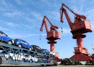 การนำเข้าภาครถยนต์จีนตกฮวบเป็นประวัติการณ์ เหตุเพราะการประกาศนโยบายภาษีนำเข้าใหม่