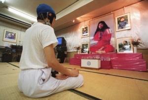 """สำรวจลัทธิความเชื่อชาวญี่ปุ่น หลังสิ้น """"โอม ชินริเกียว"""""""