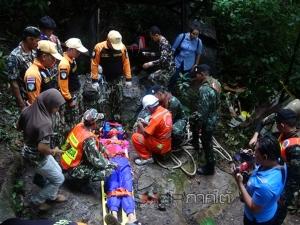 """หวั่นซ้ำรอย! ทีมกู้ภัยซ้อมแผนช่วยนักท่องเที่ยวติด """"ถ้ำโตนดิน"""" สำรวจพบสภาพคล้ายถ้ำหลวง"""