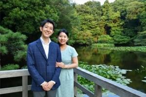 เจ้าหญิงอายาโกะแห่งญี่ปุ่นทรงหมั้นกับสามัญชน
