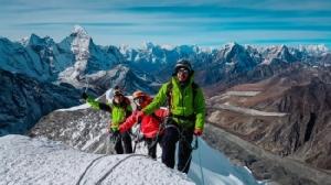 3 หนุ่มนักปีนเขาชาวพม่าซุ่มฝึกหนักหวังพิชิตยอดเขาสูงสุด