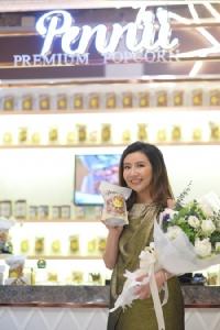 """เปิดแล้ว!! ช้อปป็อปคอร์นแบรนด์ไทยระดับอินเตอร์ """"Pennii Premium Popcorn"""" สัมผัสความอร่อยได้ที่ เอ็ม ควอเทียร์ และ สยาม พารากอน"""