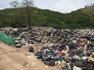 องค์กรสื่อสารด้านการขยะลงพื้นที่เกาะล้าน เก็บข้อมูลเตรียมแก้ปัญหากลิ่น ชาวเกาะบอกดีใจแม้แค่เบื้องต้น