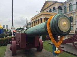 ใครอมปืนใหญ่โบราณหน้ากลาโหม หายไปถึง ๕๑ ! โผล่ที่พิพิธภัณฑ์อินเดียแล้ว ๔ ที่หน้าทำเนียบรัฐบาลก็มี !!