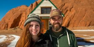 เมื่อเตียงของเขาและเธอมีล้อ และเดินทางได้ 45,000 ไมล์!!
