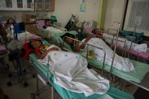 คาดเมนูข้าวมันไก่มื้อกลางวัน ต้นเหตุนักเรียนท้องเสีย 48 คนส่งโรงพยาบาล