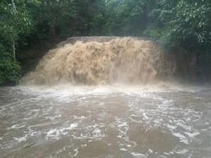 อุทยานฯโพสต์เฟซบุ๊กงดเล่นน้ำตกเอราวัณ แต่เดินชมได้ถึงชั้น 4 เหตุฝนตกหนัก