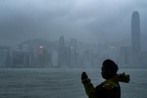 ภาพและคลิป: ไต้ฝุ่น'มังคุด'กระหน่ำใส่ตอนใต้ของจีน หลังคร่าชีวิตผู้คนไปอย่างน้อย 64 ในฟิลิปปินส์