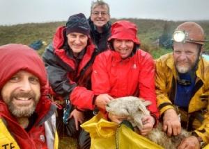 ไม่หยุดทำความดี!ทีมกู้ภัยอังกฤษฮีโร่'ถ้ำหลวงฯ'ช่วยชีวิตแกะติดในหลุมลึกนาน3สัปดาห์