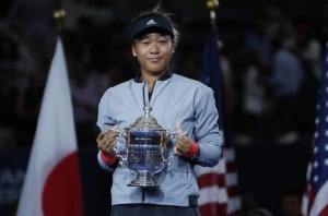 """""""นาโอมิ โอซากา"""" นักเทนนิสผู้ท้าทายอัตลักษณ์แห่งญี่ปุ่น"""