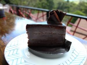 """ชวนไปลองทานเบเกอรี่-กาแฟที่ร้าน """"TW Café"""" บรรยากาศสุดฟิน ชาวหาดใหญ่ต้องไม่พลาด!! (มีคลิป)"""