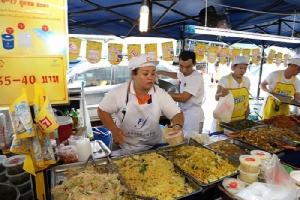 """ตลาดยิ่งเจริญจัด""""เทศกาลอาหารเจ""""ยิ่งใหญ่ ยกขบวนอาหารเจ 4 ภาคมากว่า 100 เมนู"""