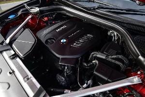 BMW X4 ครอบครัว สปอร์ต เร้าใจ ในคันเดียว
