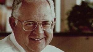 ผู้พันแซนเดอร์ส ผู้ให้กำเนิด KFC ที่โดนปฏิเสธมาไม่ต่ำกว่า 1,000 ครั้ง