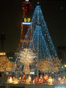 เทศกาลประดับไฟฤดูหนาวซัปโปโร ไวท์ อิลลูมิเนชัน (ภาพจาก JNTO โดย : Hokkaido Tourism Organization)