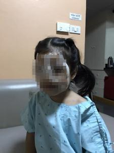 อุทาหรณ์! พ่อโพสต์เตือน หลังปล่อยให้ลูกวัยเพียง 4 ขวบ เล่นมือถือหนัก จนต้องผ่าตัดตา