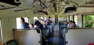 หนุ่มองค์การเภสัชฯ นั่งรถไฟเที่ยวเมืองกาญจน์ พลัดตกบริเวณทางไฟสายมรณะ ถ้ำกระแซ สาหัส