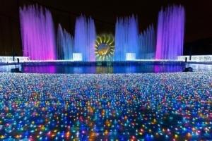 """โอซากาแปลงถนนเป็น """"เส้นทางดวงดาว""""  ระยิบระยับรับปีใหม่  (ชมคลิป)"""