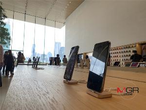 """ชมโฉม """"Apple Store ICONSIAM"""" ก่อนเปิดให้บริการจริง 10 พ.ย."""