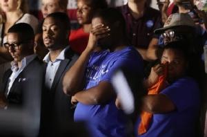 """In Clip: เลือกตั้งผู้ว่าการรัฐฟลอริดามีสิทธิ์เห็น """"นับคะแนนใหม่"""" หลัง """"กิลลัม"""" เดโมแครตผิวสีคารมโอบามา ตามอยู่ไม่ถึง 0.5%"""