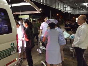 รพ.บางสะพาน ยังเปิดรักษาฉุกเฉิน-ผู้ป่วยนอก ย้ายผู้ป่วยหนักหนีน้ำท่วมเป็นแผนเฝ้าระวัง