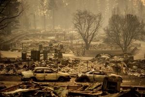 ยอดตายไฟป่าแคลิฟอร์เนียพุ่ง 42 ศพ ประกาศพื้นที่ภัยพิบัติอนุมัติงบฉุกเฉิน