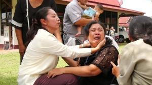 """เผาแล้ว!! """"น้องเก้า"""" ด.ช.วัย 14 ปี ถูกกลุ่มวัยรุ่นรุมทำร้ายจนเสียชีวิต"""