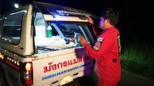 สลดรับลอยกระทงแม่สอด หนุ่มพม่าเที่ยวเสร็จวิ่งข้ามถนนปิกอัพชน-เก๋งทับซ้ำดับคาที่