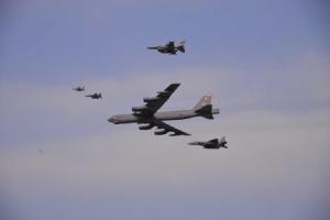สหรัฐฯ หยุดส่ง 'เครื่องบินทิ้งระเบิด' เข้าน่านฟ้าเกาหลีใต้-หวั่นกระทบแผนปลดนุก