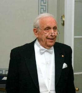 Roy Glauber ผู้ฝ่าด่านอรหันต์สู่ครึ่งหนึ่งของรางวัลโนเบลฟิสิกส์ 2005