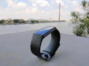 Review : Fitbit Charge 3 ชาร์จรอบเดียวใช้ได้ 7 วัน