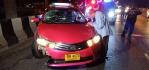 แท็กซี่ชนวิน จยย.กระเด็นตกลงไปในบึงมักกะสันเสียชีวิต 1 ราย
