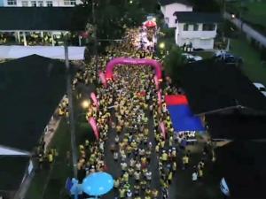 นักวิ่งจากทั่วสารทิศกว่า 7 พันคน ร่วมวิ่งการกุศลสมทบทุนสร้างศูนย์มะเร็ง รพ.หาดใหญ่-นาหม่อม