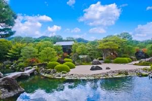 สวนสไตล์ญี่ปุ่นที่พิพิธภัณฑ์ศิลปะอะดาชิ