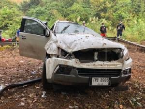 ฝนตกผสมคราบน้ำยางทำถนนทั้งจ.เลยลื่น รถเกิดอุบัติเหตุตกถนน19คันเจ็บกว่า20 ราย