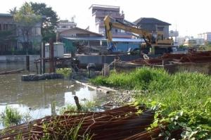 สร้างเขื่อนคลองพระโขนงคืบ 80% คาดเสร็จ พ.ค. 62 เพิ่มการระบายน้ำเขตคลองเตย