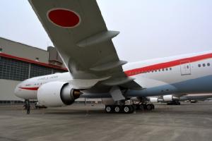 """ยลโฉม """"เจแปนนิส แอร์ฟอร์ช วัน"""" เครื่องบินประจำตำแหน่งผู้นำญี่ปุ่น (ชมคลิป)"""