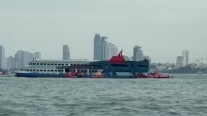 เจ้าท่ายันเรือภัตตาคารกลางอ่าวพัทยาประกอบกิจการถูกกฎหมาย