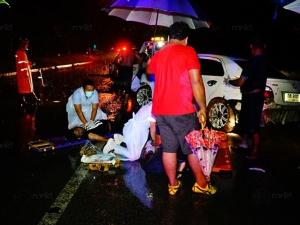 หนุ่มพัทลุงขับเก๋งเสียหลักตกคูน้ำริมถนน เสียชีวิตพร้อมเพื่อนอีกราย