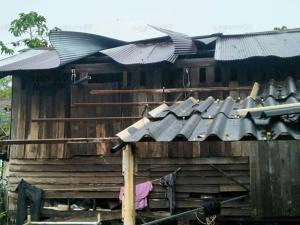 วาตภัยถล่มสทิงพระบ้านพัง 16 หลัง หลายครอบครัวไร้ที่อาศัย หน่วยงานเร่งช่วยเหลือ