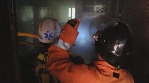 ไฟไหม้บ้านทาวน์เฮาส์ 2 ชั้นวอด คาดไฟฟ้าลัดวงจร