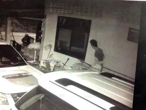 คดีไม่คืบ! สาวตรังเตือนภัย พบคนร้ายบุกลักทรัพย์ในบ้านมีหลักฐานชัดแต่ยังจับไม่ได้
